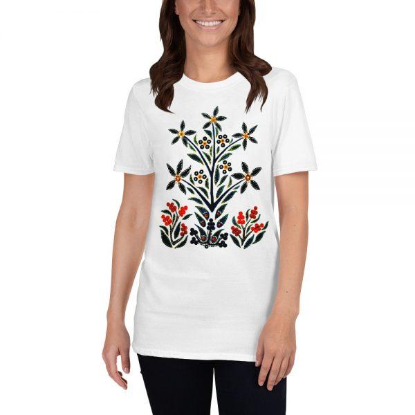Woman wearing a Mrugacz tshirt.