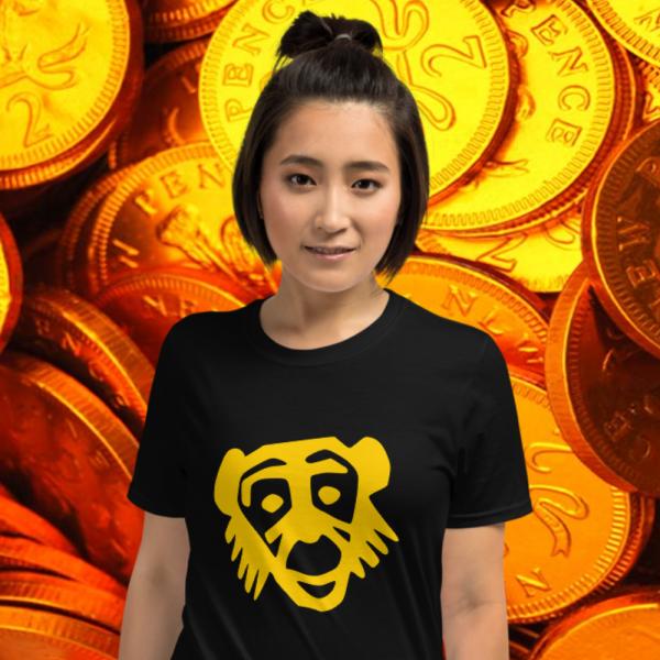 Gal wearing a Gold Monkey Smile Tshirt from Mrugacz.